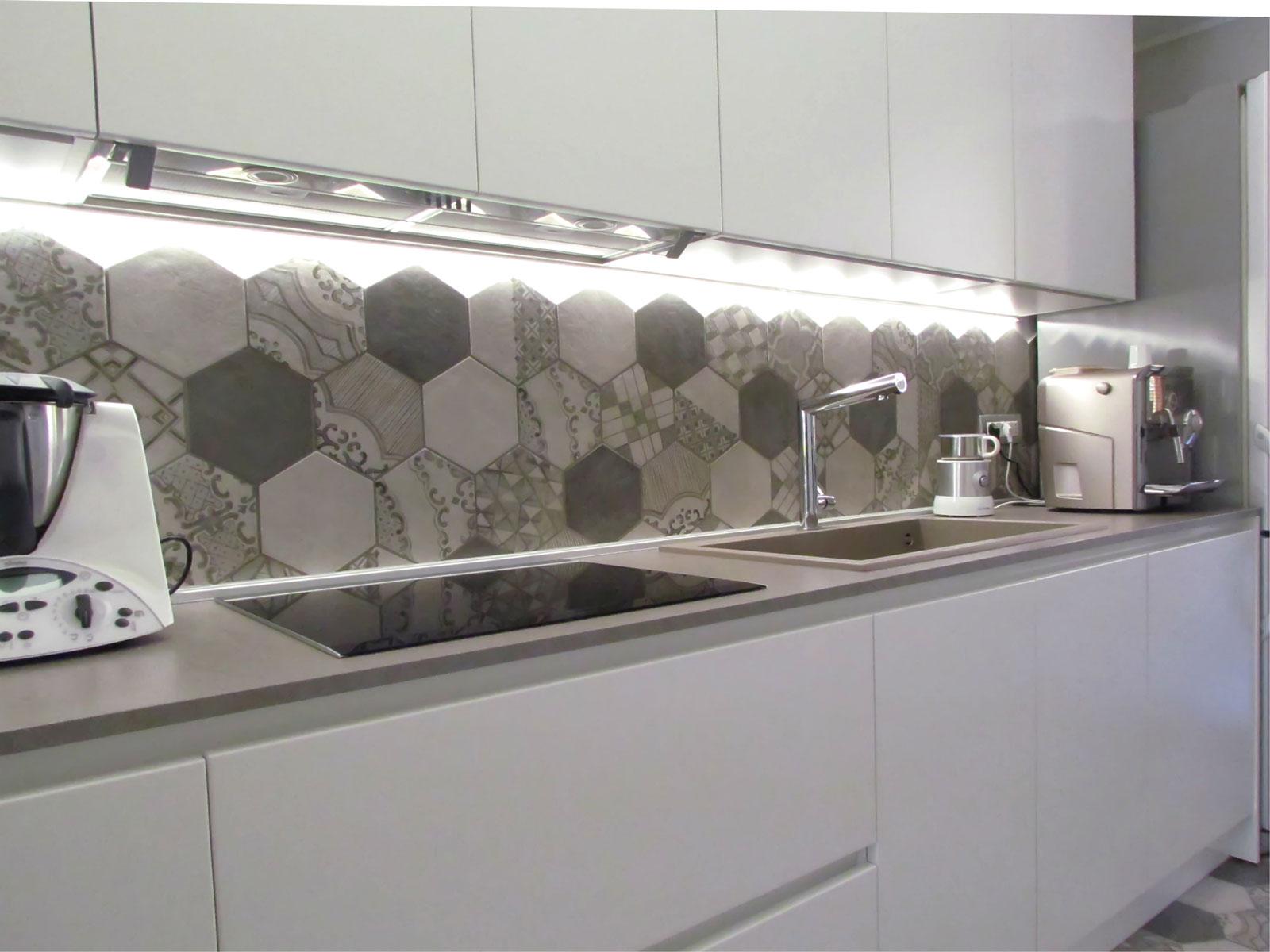 Stunning Piastrelle Muro Cucina Contemporary - Acomo.us - acomo.us