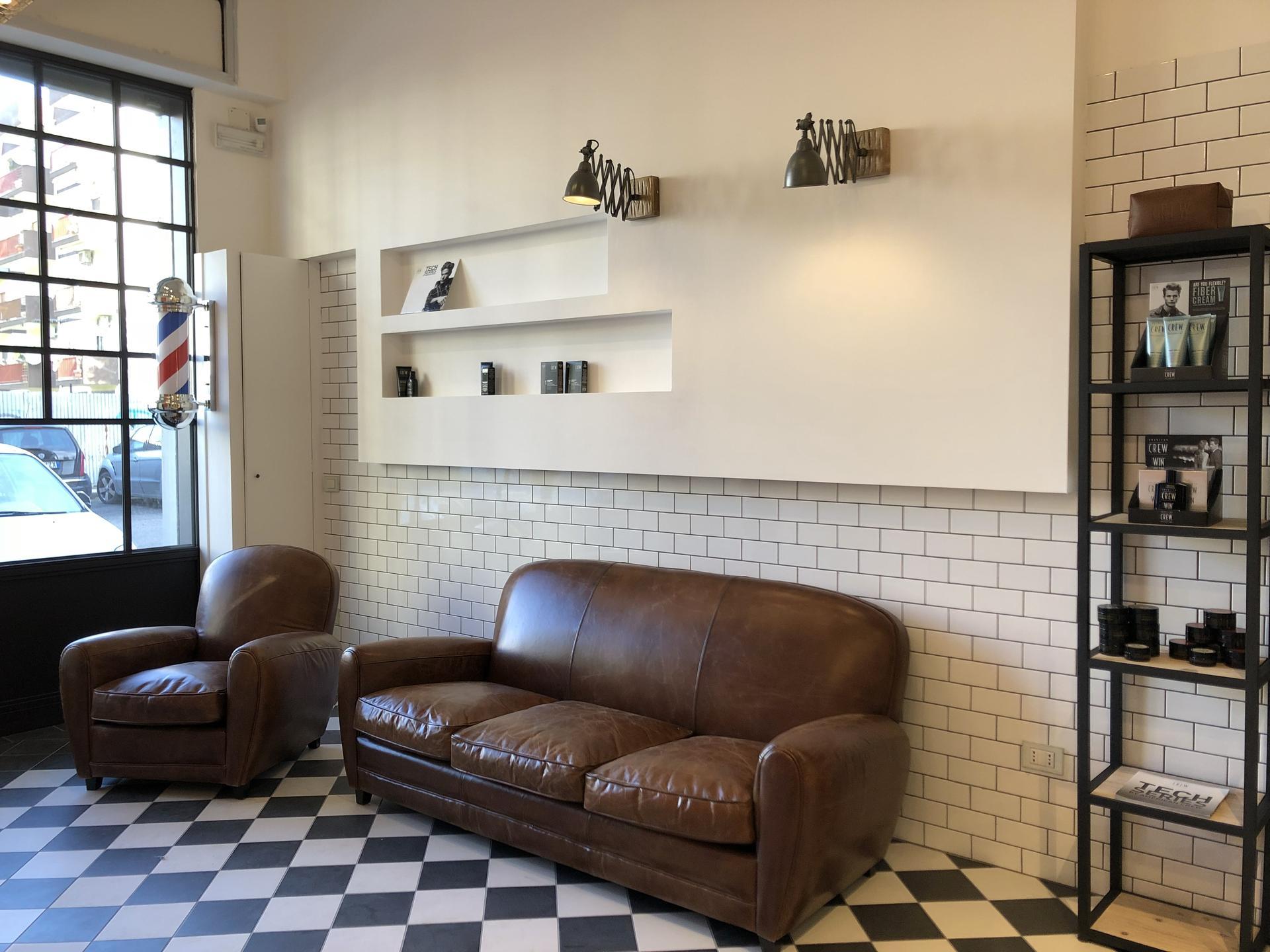 Carreaux de style vintage pour le salon de coiffure de Tarente | Marazzi