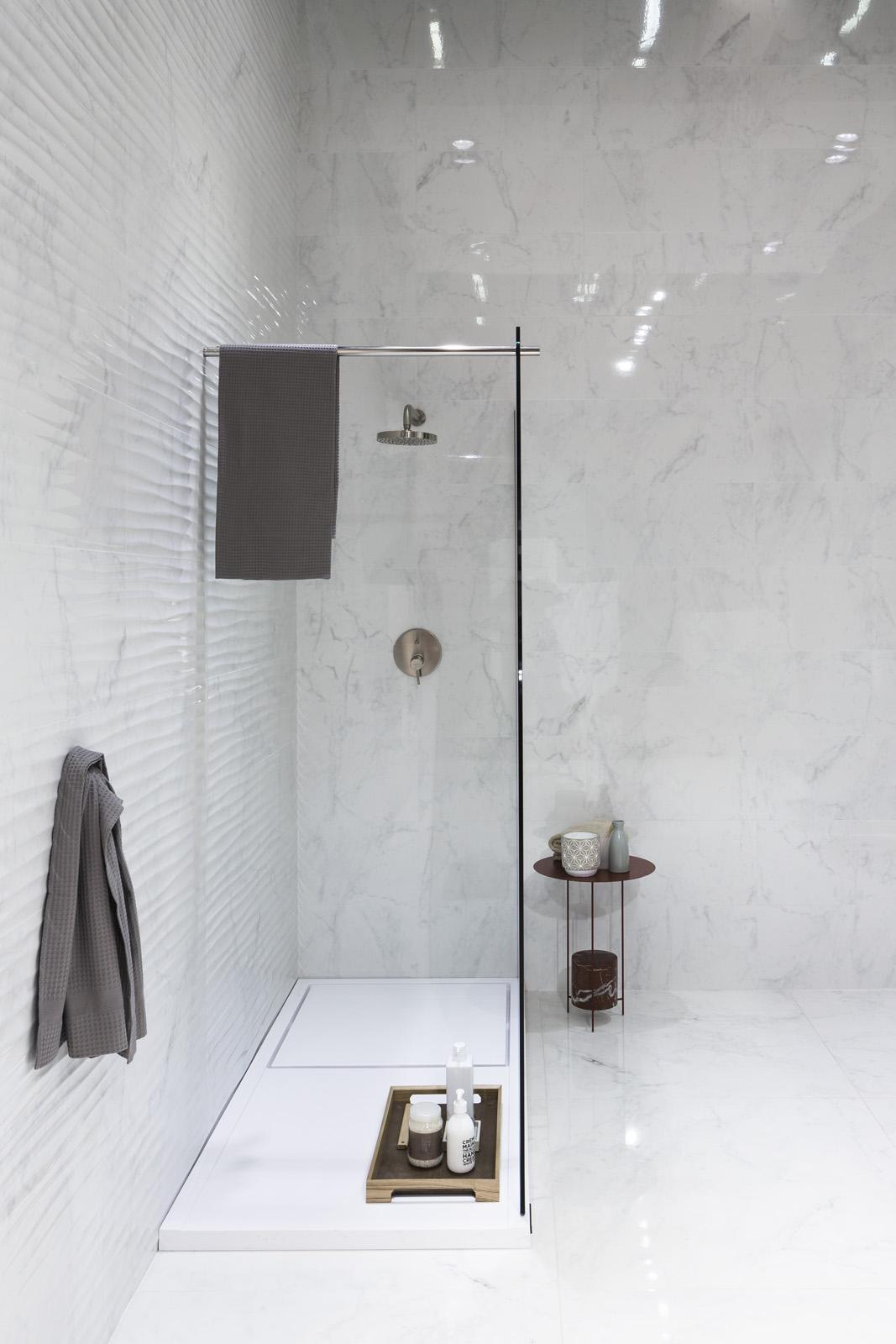 design & conception de salles de bain sur mesure. réalisations ... - Salle De Bain Classique