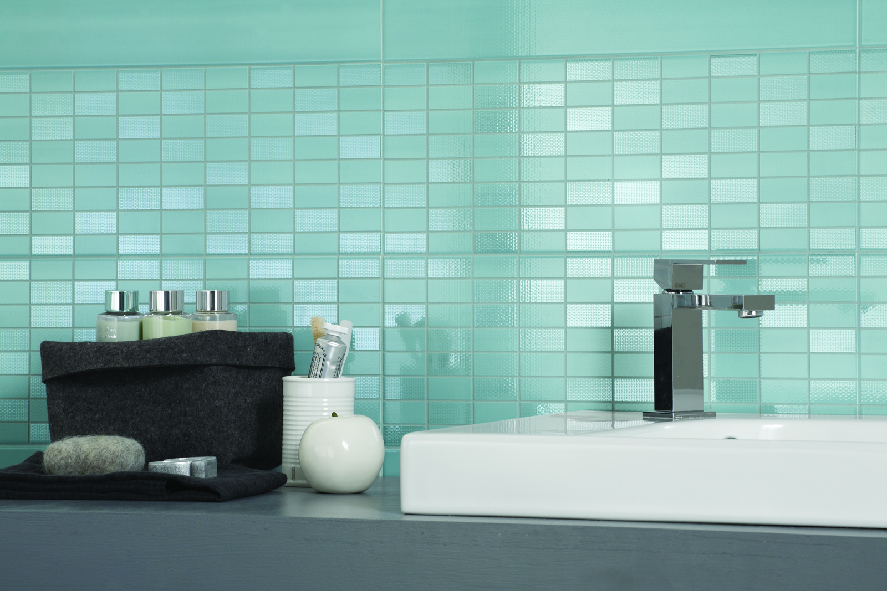 Nuance c ramique rev tements pour salle de bain marazzi for Salle de bain ceramique photo