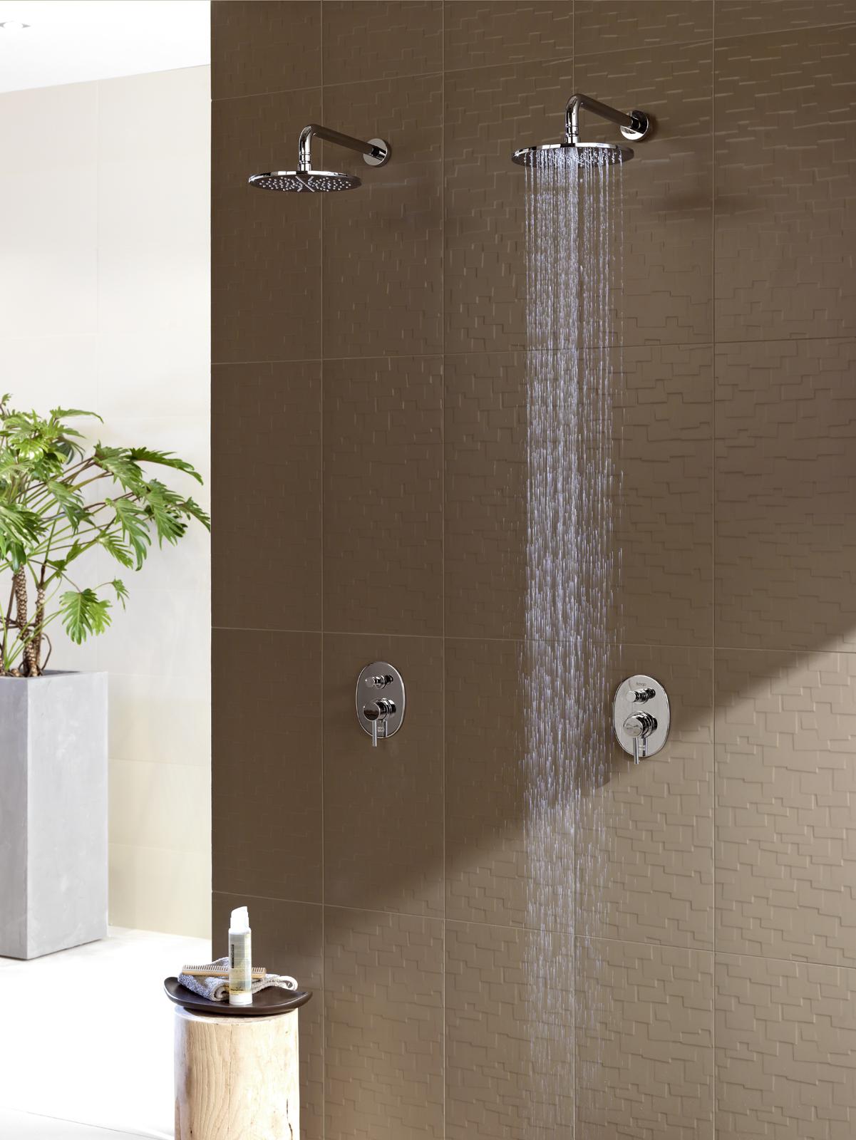 Rev tements muraux cuisine salle de bain douche marazzi for Revetement mural pour douche